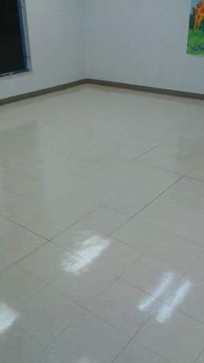 Commercial Floor Stripping & Waxing in Pompano Beach, FL (2)