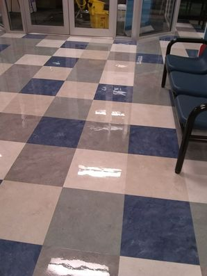 Floor Cleaning & Waxing in Boca Raton, FL (2)