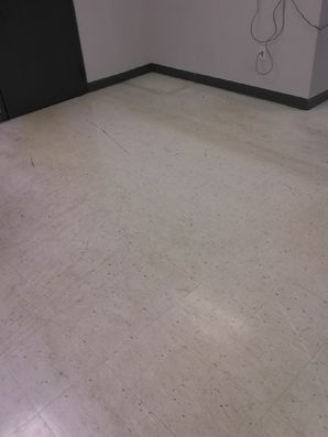 Before & After Floor Waxing in Ft Lauderdale, FL (2)